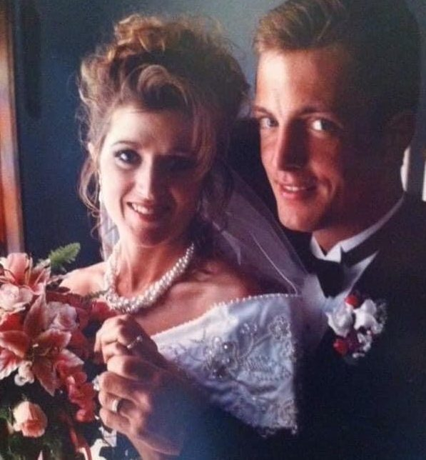 Kevin and Sandi Zwingle on their wedding day.